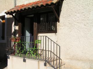 Gite studio à Cournonsec, proche Montpellier Séte - Cournonsec vacation rentals