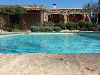 4 bedroom House with Deck in Saint-Siffret - Saint-Siffret vacation rentals