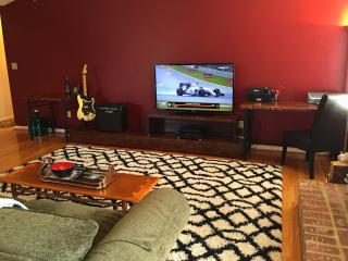 Ruby Summit Point - Your Home at the Track - Summit Point vacation rentals