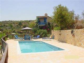 2 bedroom Farmhouse Barn with Internet Access in Kritou Terra - Kritou Terra vacation rentals