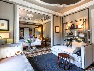 Aragon Platinum III Barcelona (3BR) - Barcelona vacation rentals