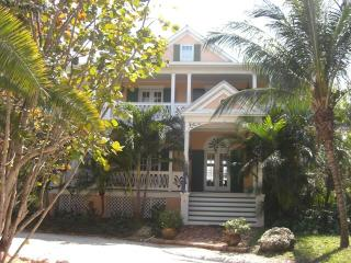 4 bedroom House with Internet Access in Matecumbe Key - Matecumbe Key vacation rentals