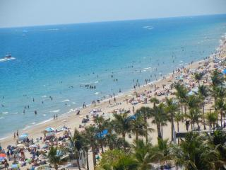Nice Condo with Internet Access and A/C - Fort Lauderdale vacation rentals