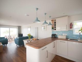 Kittiwake - with a view over Crantock Bay - Crantock vacation rentals
