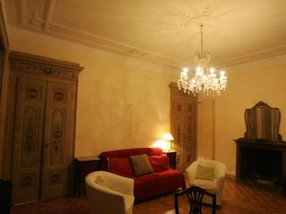 LUXURY APARTMENT IN DUOMO - Milan vacation rentals