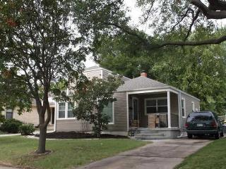 4 Bedroom Newly Remodeled Home - College Hill - Wichita vacation rentals