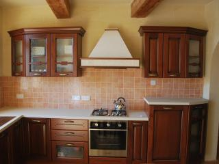 Ta Pawlu FARMHOUSE Sannat Gozo Sleeps 10 - Sanat vacation rentals