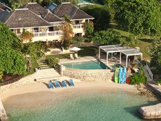 Nice House with Internet Access and Shared Outdoor Pool - Discovery Bay vacation rentals