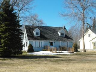 Huron Blue - Oscoda vacation rentals