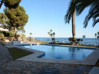 Front beach apartment - Altea vacation rentals
