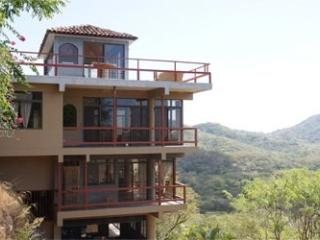 Spectacular skyline and ocean view, close to beach - Huacas vacation rentals