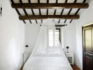 Convenient Bed and Breakfast with Internet Access and A/C - Todi vacation rentals