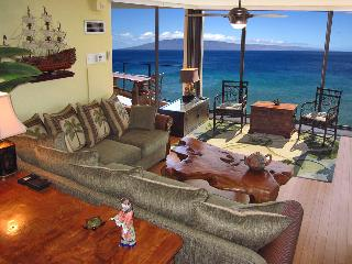 Mar 22-25 $299/nt -  Elegant Corner Mahana 2 King Luxury Oceanfront - Lahaina vacation rentals