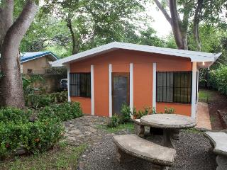 Charming Condo with Television and Toaster - Tamarindo vacation rentals