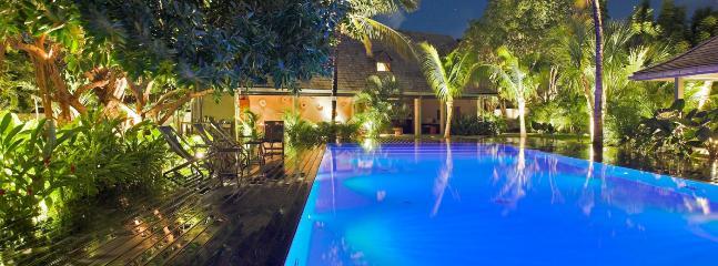 Villa Le Manoir De Lorient 1 Bedroom SPECIAL OFFER - Lorient vacation rentals