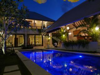 Beautiful Central Sanctuary 4 masters, 12M Pool - Seminyak vacation rentals