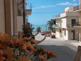 TRITONE HOUSE on the seafront - Marina di Ragusa vacation rentals