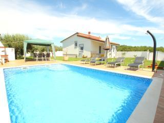 Villa Demian 150m from the sea Nr. Medulin - Banjole vacation rentals