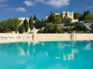 2 bedroom Apartment with Internet Access in Wardija - Wardija vacation rentals