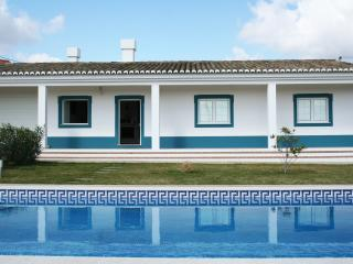 Beautiful Villa with DVD Player and Washing Machine - Beja vacation rentals