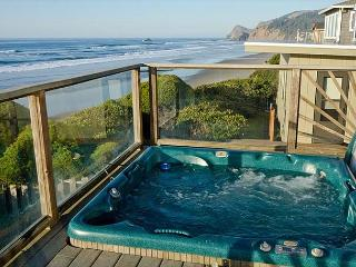 Oceanfront Home with Hot Tub.  Just Steps to the Beach! - Lincoln City vacation rentals