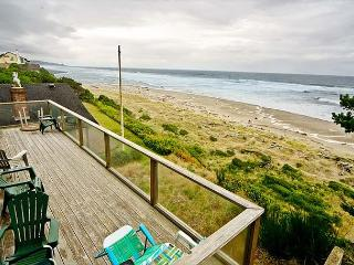 Amazing Luxury Oceanfront Home w/ hot tub, 1/2 block from Beach Access. - Oregon Coast vacation rentals