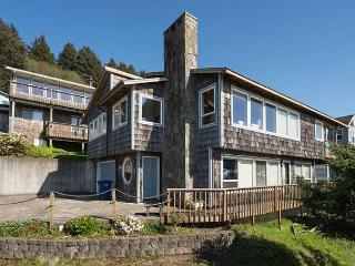 Roads End Ocean View Home with Hot Tub-Two Full Kitchens - Lincoln City vacation rentals
