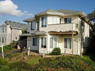 Oceanview Home in Roads End with Kid-Appeal! - Lincoln City vacation rentals