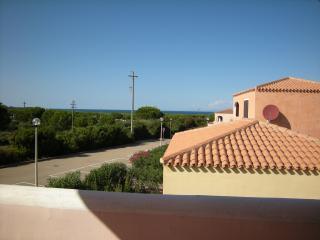 Trilo6 Piano1° da Simo Mare & Mirice Case Vacanza - Aglientu vacation rentals