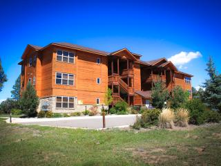 Pagosa Springs, CO Luxury Condo L104, L204, L304 - Pagosa Springs vacation rentals