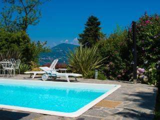 Sunlit holiday villa with private pool! - Lake Maggiore vacation rentals