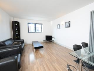 City Centre Apt Nr Deansgate Sleeps 4 (rw) - Manchester vacation rentals