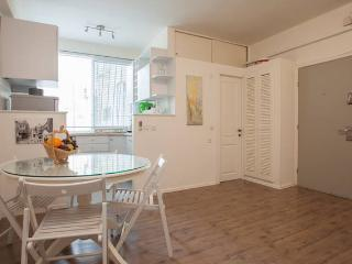 The romantic apartment - Bazel district - Tel Aviv vacation rentals