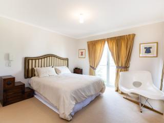 Jasmine, Port Melbourne 3BDR - Melbourne vacation rentals