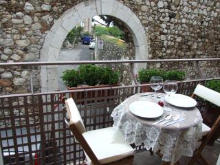 Nice House with A/C and Kettle - Taormina vacation rentals