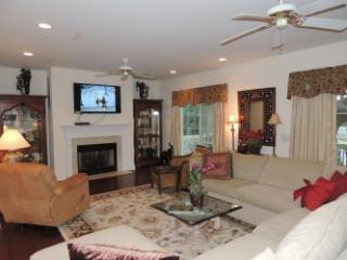 15% Off - 4 Bdrm House with pool - Hilton Head vacation rentals