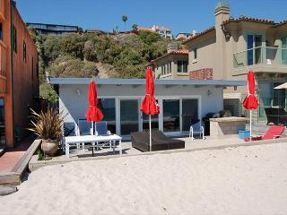 201 - Adorable Nautical Decor Beach Cottage 3 Bed/2 Bath Sleeps 9 - Dana Point vacation rentals