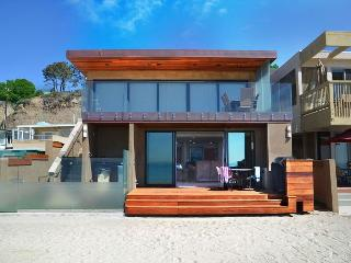 Modern New Beach Home Right on the Sand! Sleeps 9 - 093L - Capistrano Beach vacation rentals