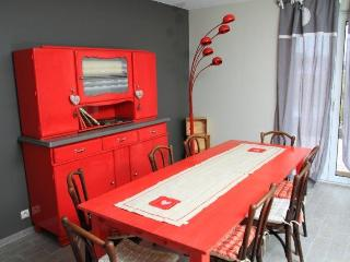 Nice House with Internet Access and Outdoor Dining Area - Sundhoffen vacation rentals