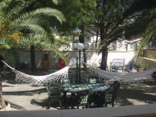 villa con giardino 100 mt dal mare, mar jonio (ta) - Lizzano vacation rentals