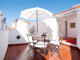 Passion Inn - Two Bedroom Apartment with Terrace - Lisbon vacation rentals