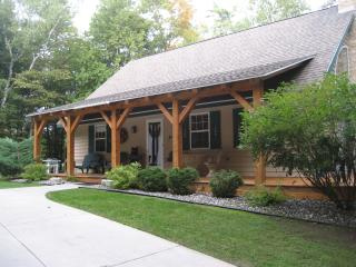 Spacious 4 bedroom Cottage in Fish Creek - Fish Creek vacation rentals