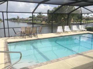 VILLA  'VALESCA' WITH THE BEST VIEWS ON THE CAPE! - Cape Coral vacation rentals