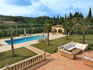 Outstanding 6 Bedroom St Tropez House, YNF CHE - Saint-Tropez vacation rentals