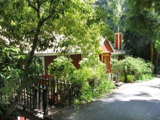 Cozy 3 bedroom House in Rio Nido - Rio Nido vacation rentals