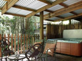 Nice House with Internet Access and Dishwasher - Rio Nido vacation rentals