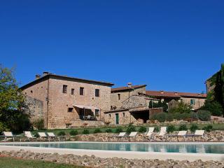 Tenuta di Papena - Montalcinello vacation rentals