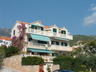 2 bedroom Apartment with Television in Bol - Bol vacation rentals