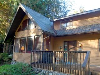 CR102sMapleFalls  - #69 A Family Cabin in the Woods! Sleeps 10! - Glacier vacation rentals