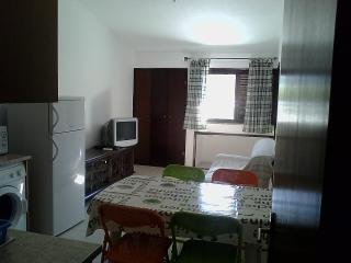 1º Andar de Moradia - Monte Gordo - Algarve - Monte Gordo vacation rentals